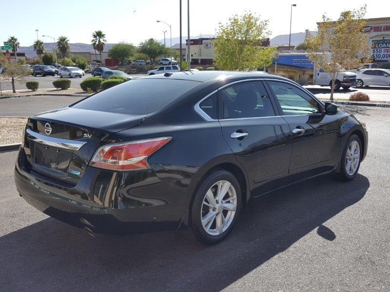 Nissan Altima 2014 price $9,500 Cash