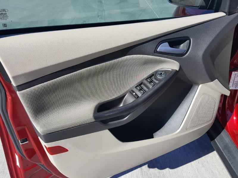 Ford Focus 2014 price $8,200 Cash