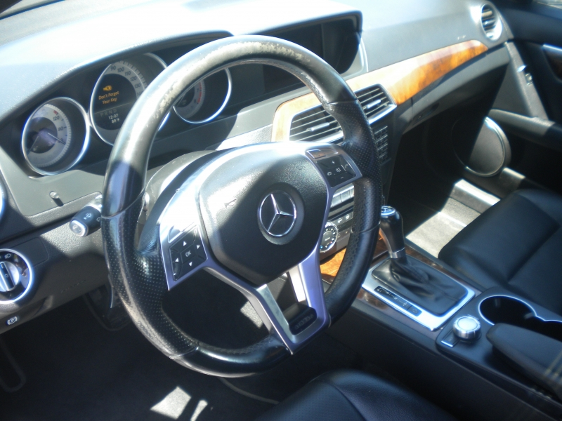 Mercedes-Benz C-Class 2014 price $11,500