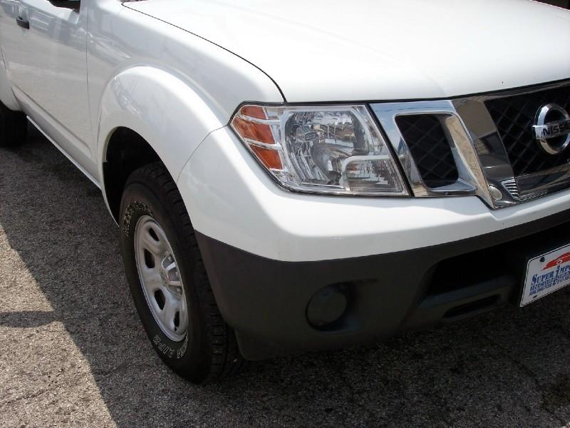 Nissan Frontier 2015 price $11,995