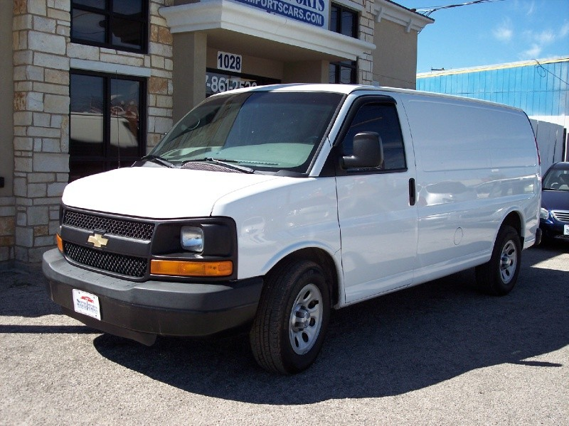 Chevrolet Express Cargo Van 2014 price $12,995