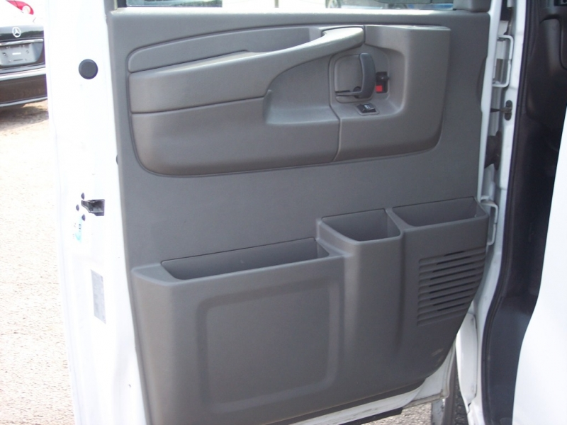 Chevrolet Express Cargo Van 2015 price $14,995 Cash