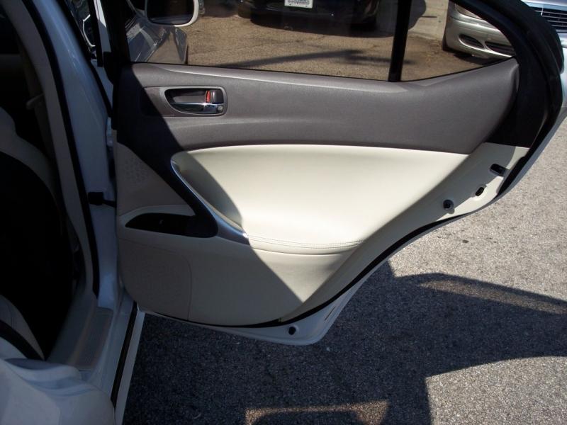 Lexus IS 250 2010 price $10,500 Cash