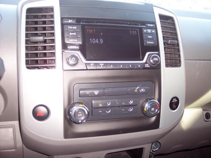 Nissan Frontier 2016 price $14,995 Cash