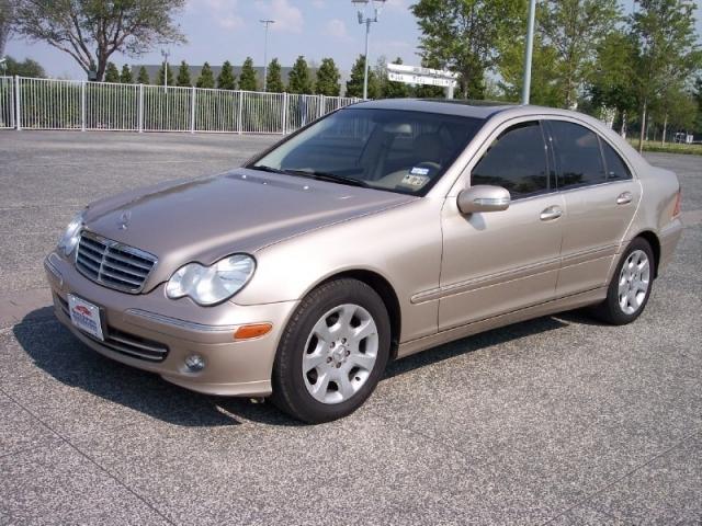 2005 mercedes benz c class inventory super imports for Mercedes benz arlington tx