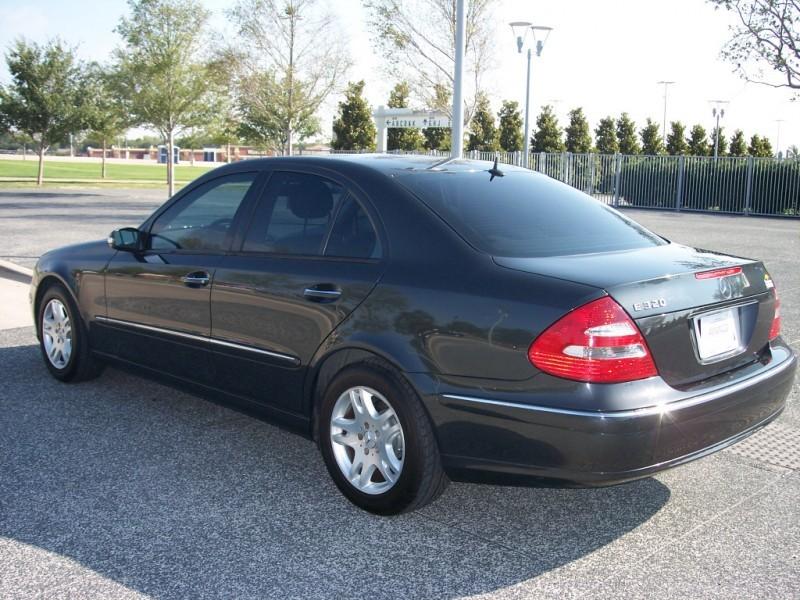 Mercedes-Benz E-Class 2003 price $11,500 Cash