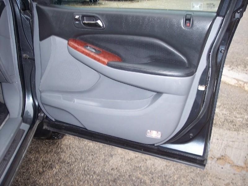 Acura MDX 2005 price $8,950 Cash