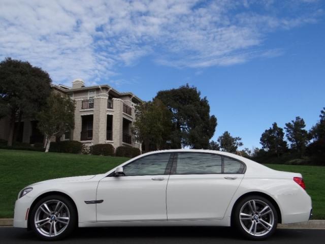 2011 BMW 7 Series 750Li M-Sport