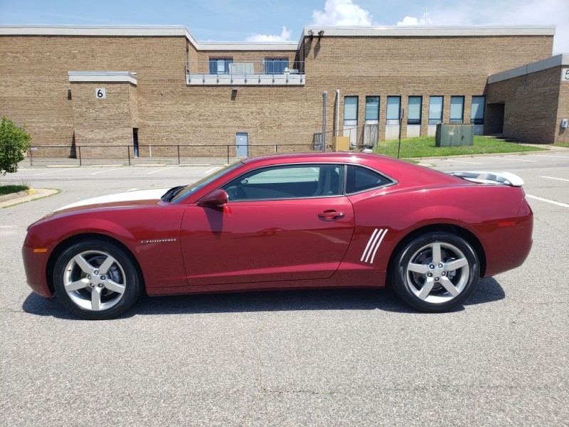 CHEVROLET CAMARO 2011 price $14,900