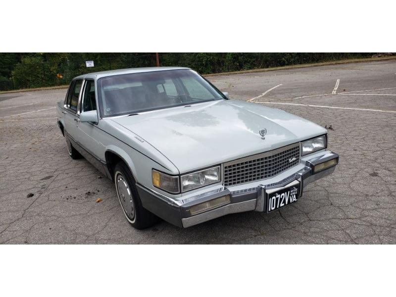CADILLAC DEVILLE 1989 price $2,500