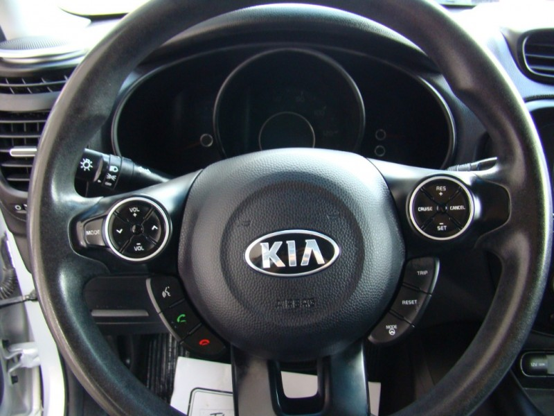 Kia Soul 2015 price $11,995