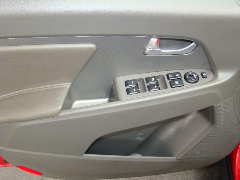 Kia Sportage 2013 price $13,491