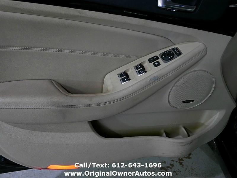 Kia Cadenza 2014 price $9,495