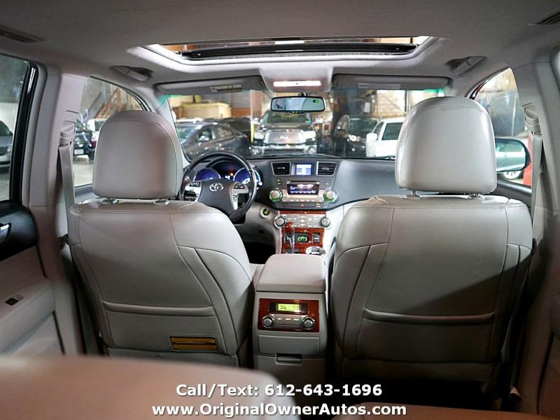 Toyota Highlander 2011 price $11,495