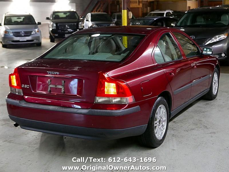 Volvo S60 2004 price $3,250
