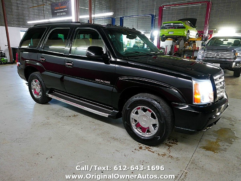 Cadillac Escalade 2004 price $7,495