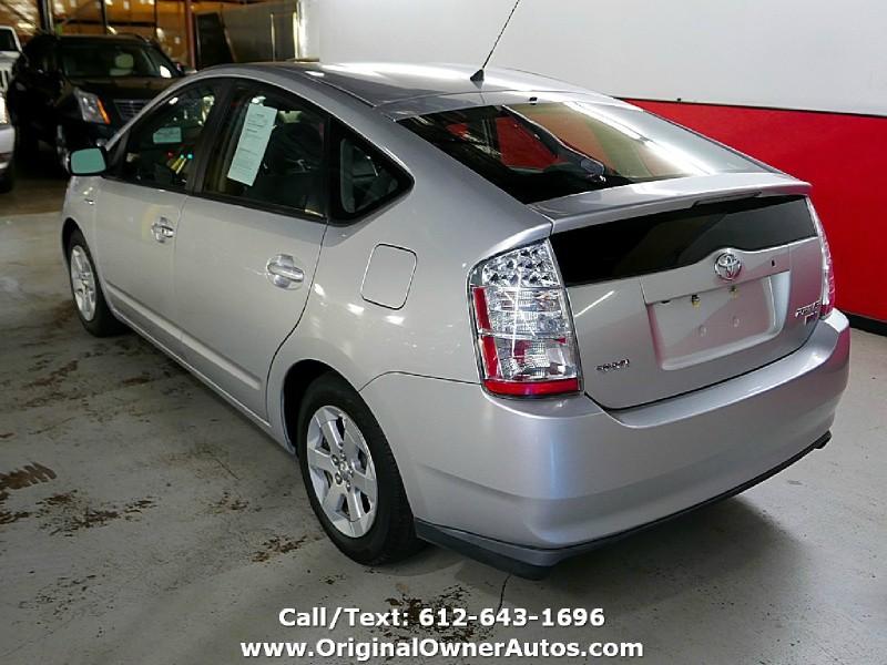 Toyota Prius 2006 price $8,850