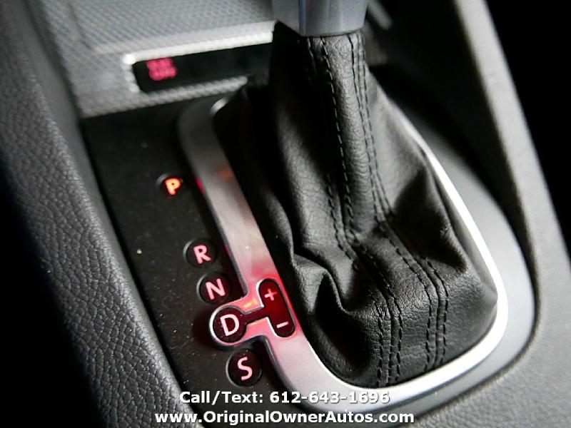 Volkswagen R32 2008 price $9,495