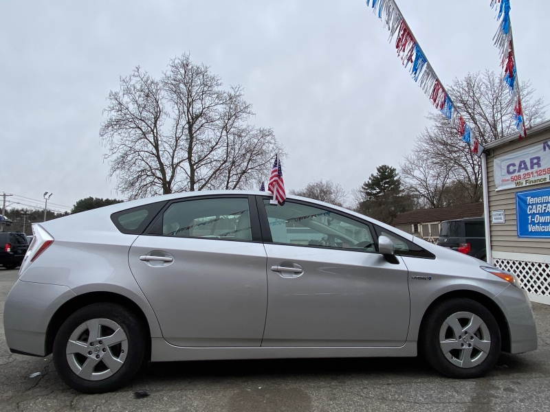 Toyota Prius 2010 price $7,999