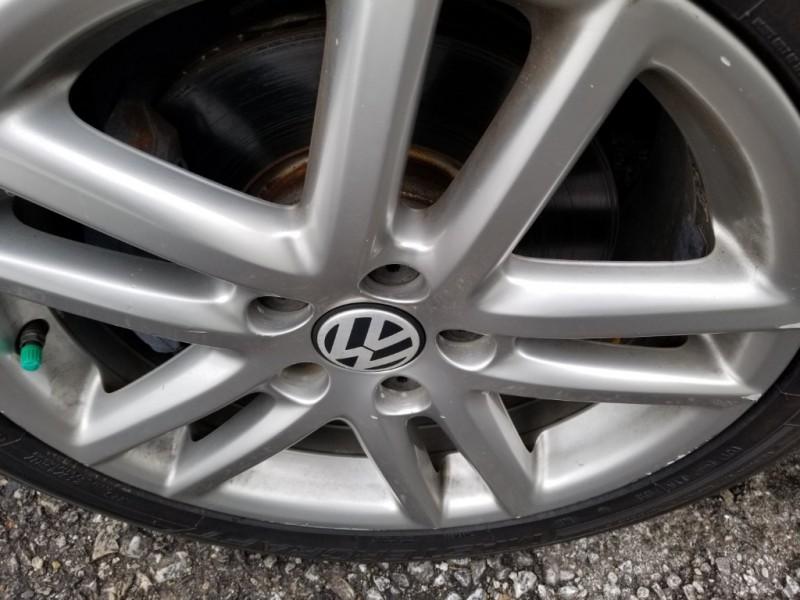 Volkswagen Eos 2008 price $6,999