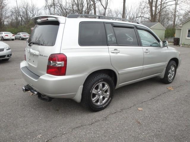 Toyota Highlander 2007 price $6,990