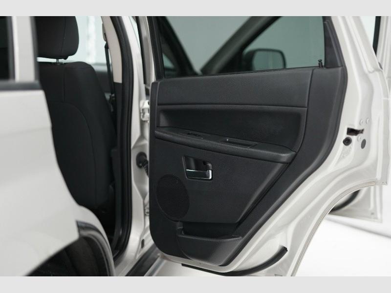 Jeep Grand Cherokee 2010 price $6,900 Cash