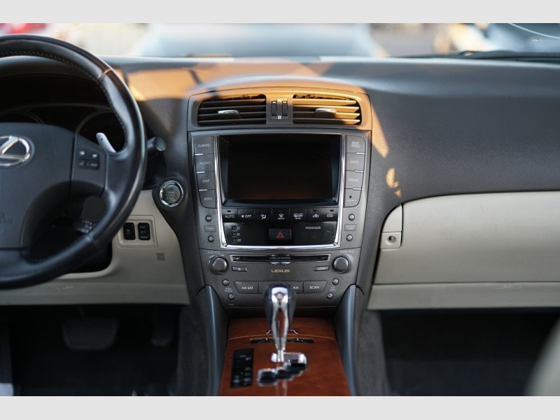 Lexus IS 250 2009 price $9,900 Cash