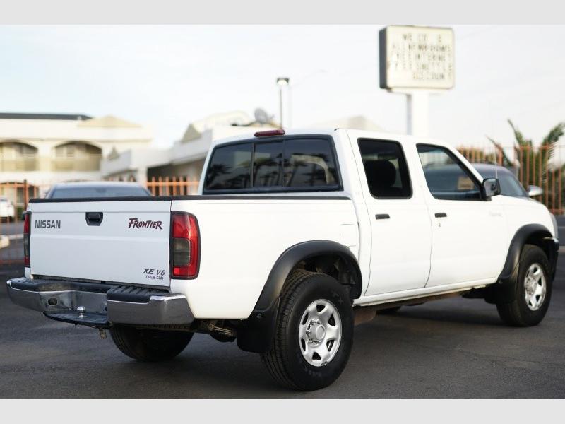 Nissan Frontier 2WD 2000 price $3,400 Cash