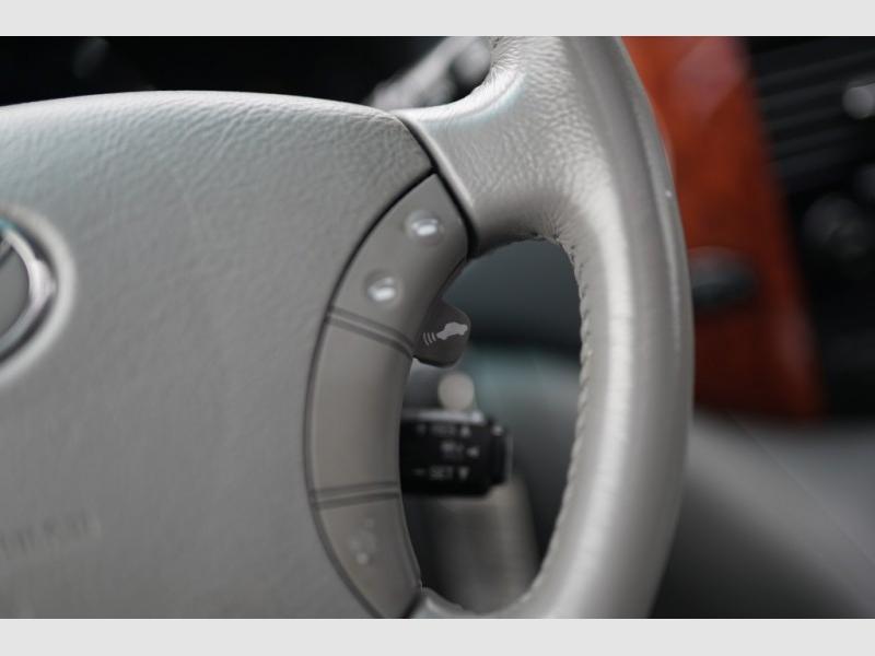 Toyota Sienna 2006 price $7,900 Cash