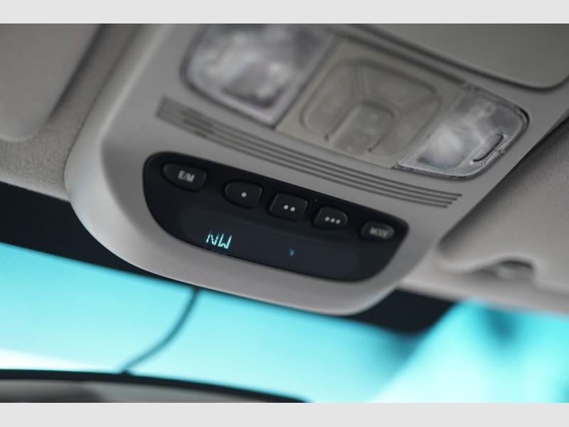 Toyota Sienna 2006 price $8,900 Cash