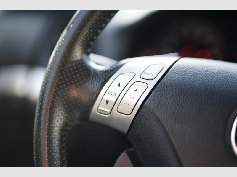 2004 Acura TSX 4dr Sport Sdn Auto w/Navigation