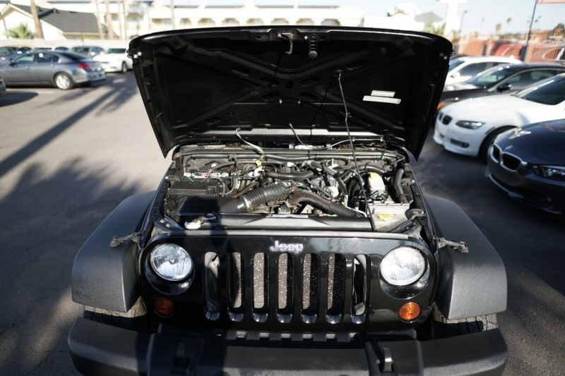 Jeep Wrangler Unlimited 2010 price $16,900 Cash
