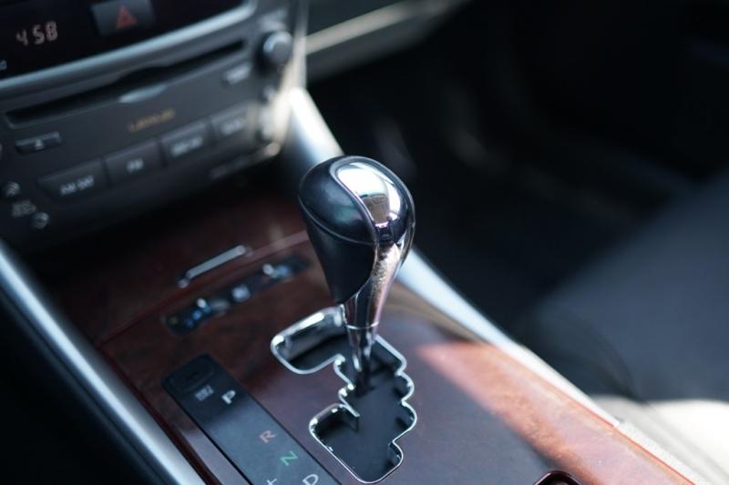 Lexus IS350 2006 price $7,900 Cash