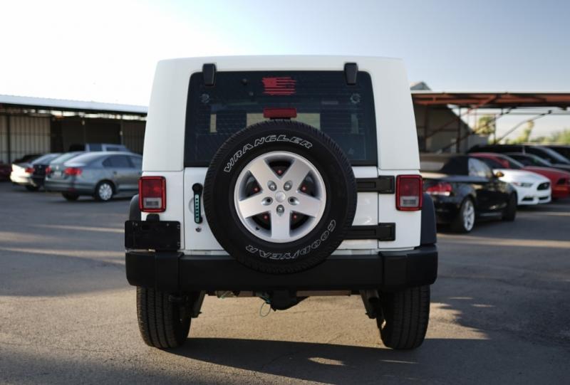 Jeep Wrangler 2009 price $13,400 Cash