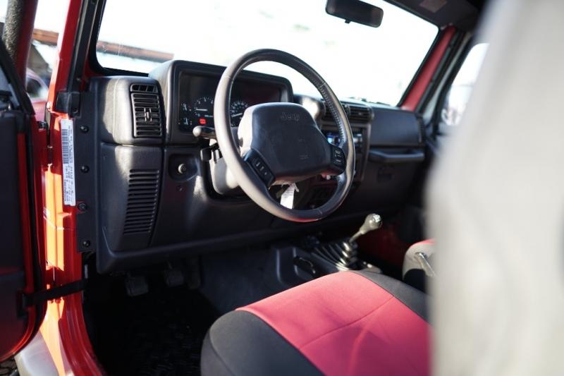 Jeep Wrangler 1999 price $8,900 Cash