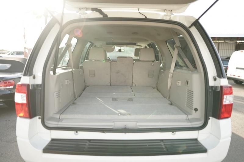 Ford Expedition EL 2007 price $9,900 Cash