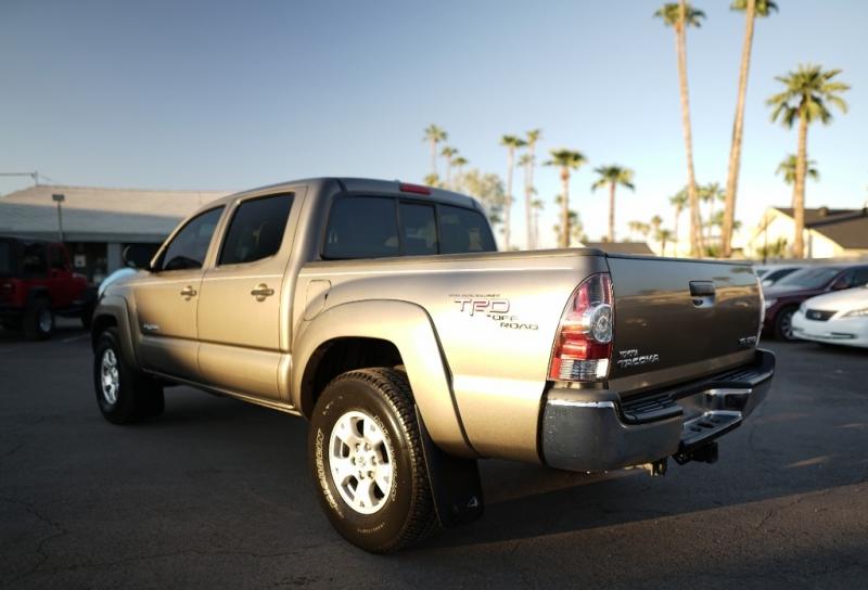 Toyota Tacoma 2009 price $14,900 Cash