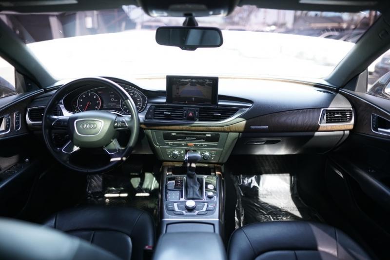 Audi A7 2013 price $17,900 Cash