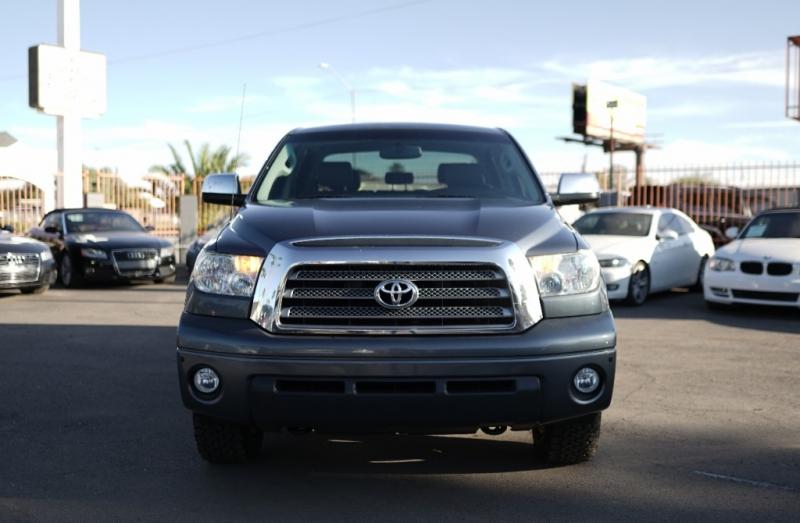Toyota Tundra 2008 price $17,900 Cash
