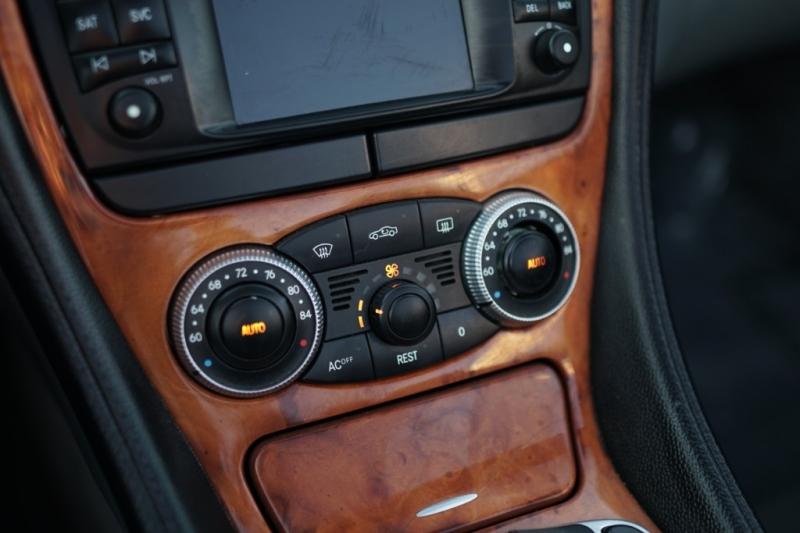 Mercedes-Benz SL500 2004 price $9,900 Cash