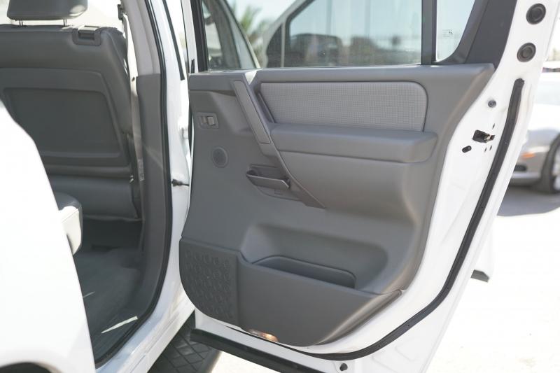 Nissan Armada 2006 price $6,900 Cash