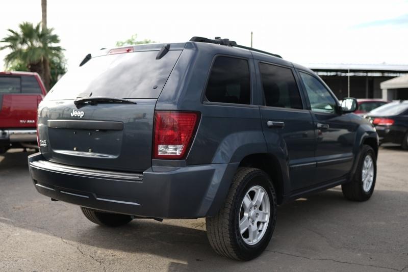 Jeep Grand Cherokee 2007 price $8,400 Cash