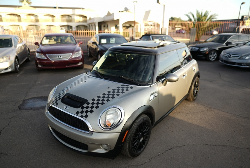 Mini Cooper 2010 price $7,900 Cash
