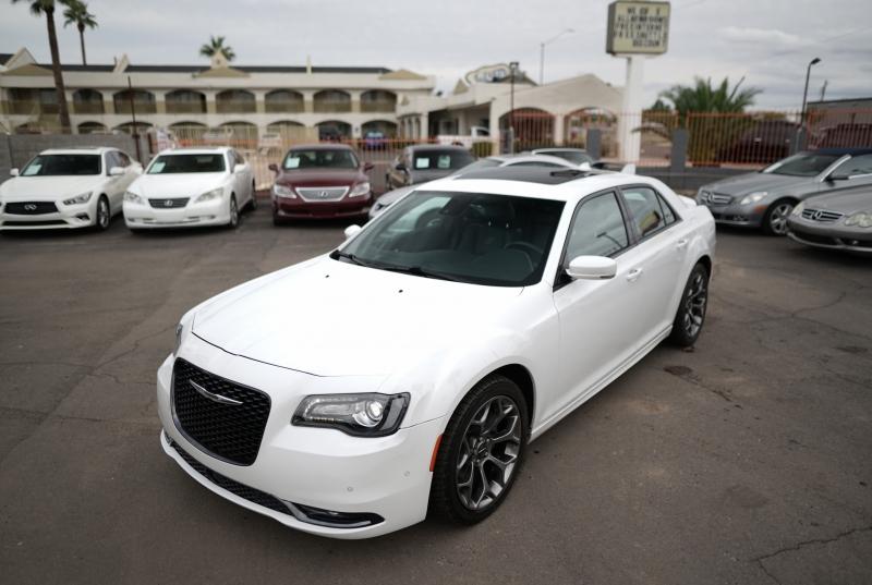 Chrysler 300S 2015 price $19,900 Cash