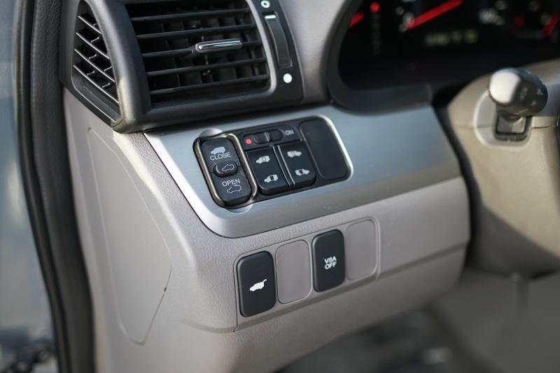 Honda Odyssey 2010 price $8,400 Cash