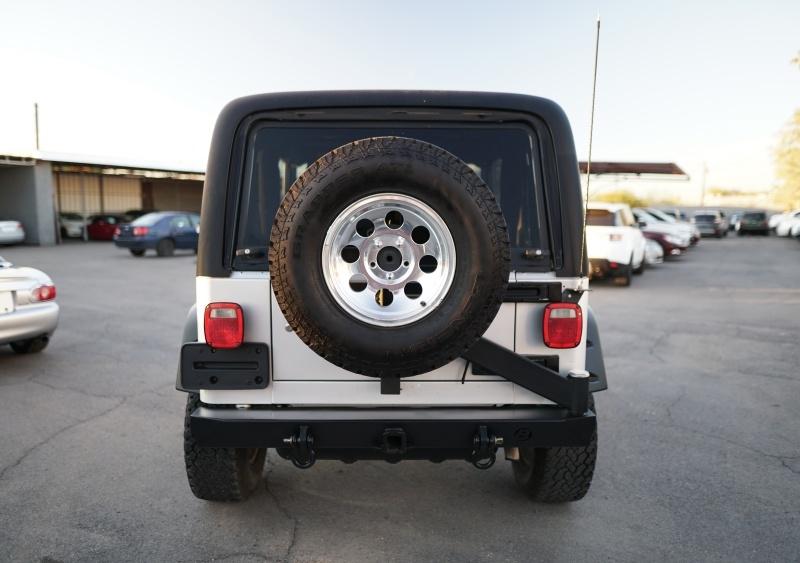 Jeep Wrangler 2006 price $13,900 Cash