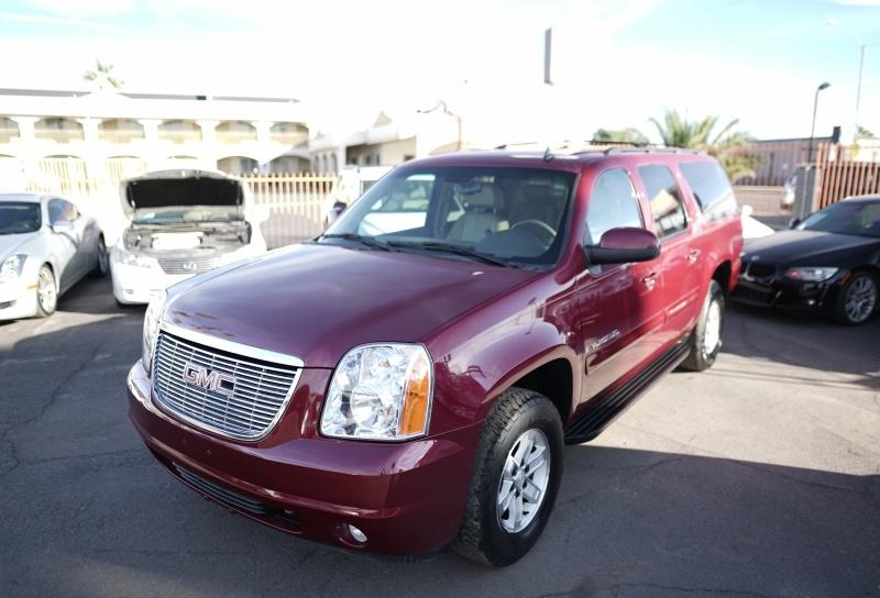 GMC Yukon XL 2007 price $8,900 Cash