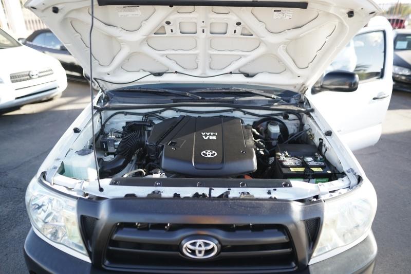 Toyota Tacoma 2007 price $10,900 Cash