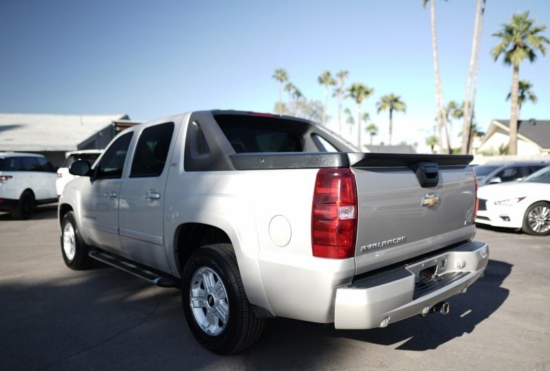 Chevrolet Avalanche 2008 price $12,900 Cash