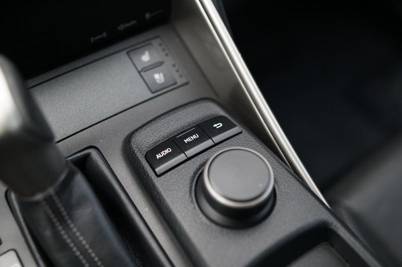 Lexus IS 200t 2016 price $17,900 Cash